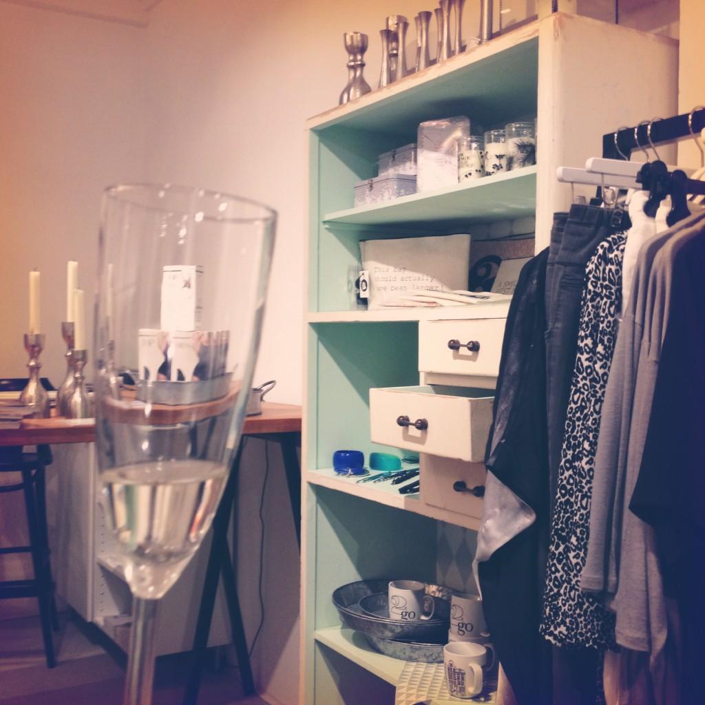 Boutique Stor, Strozzigasse