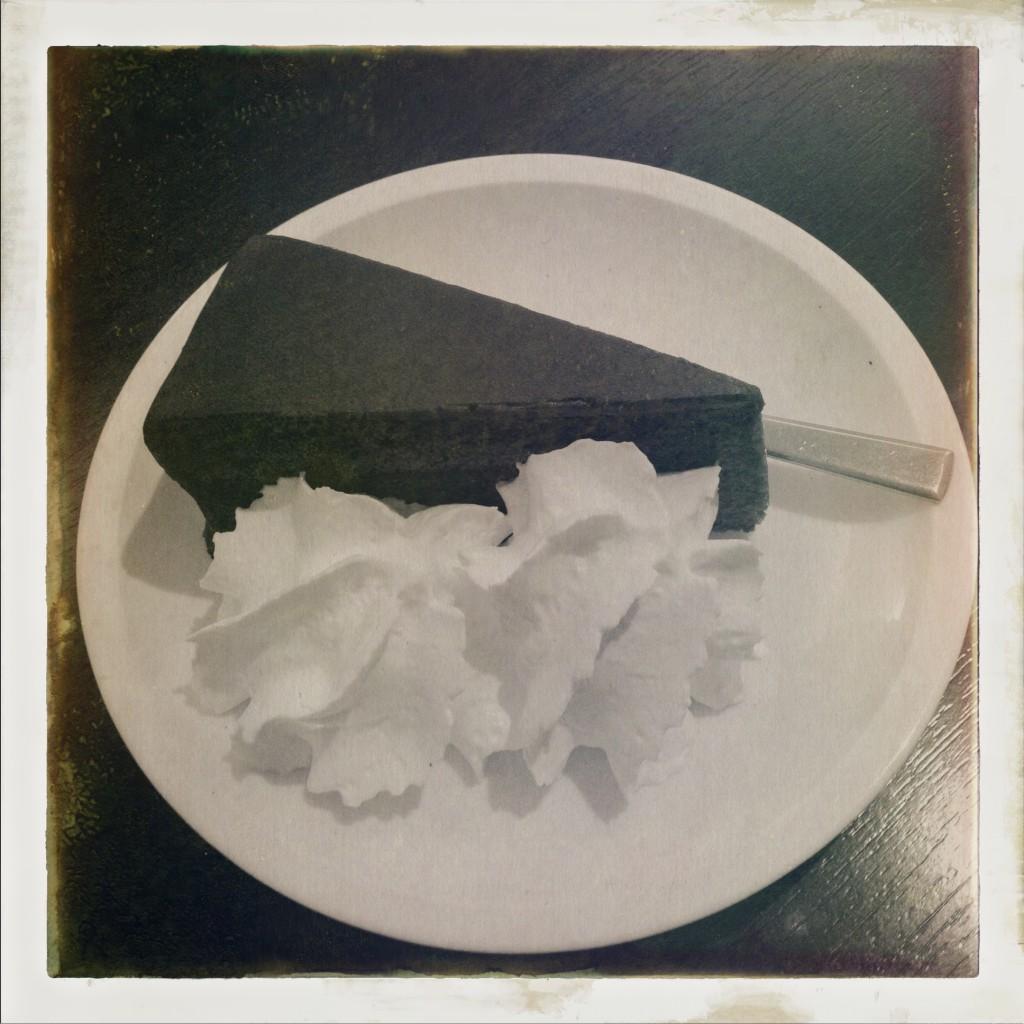 Dekadenz nach Totentanz: Jause im Café des Unteren Belvedere