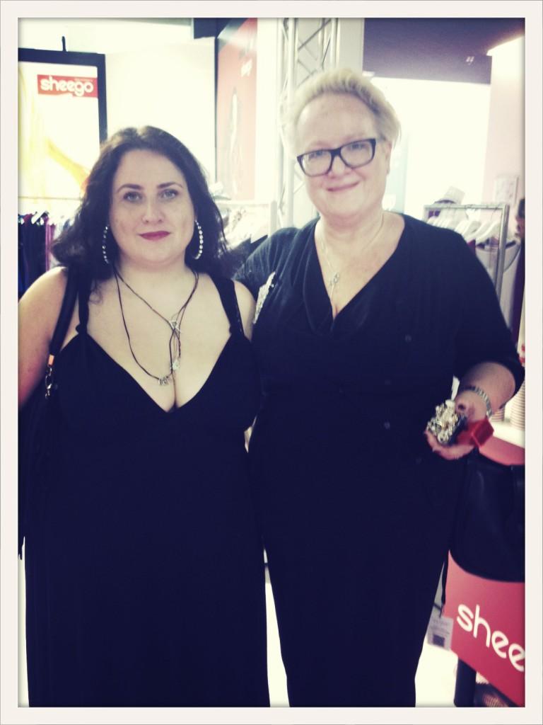 Susie und Rhea in Berlin (c) Rhea Krcmarova